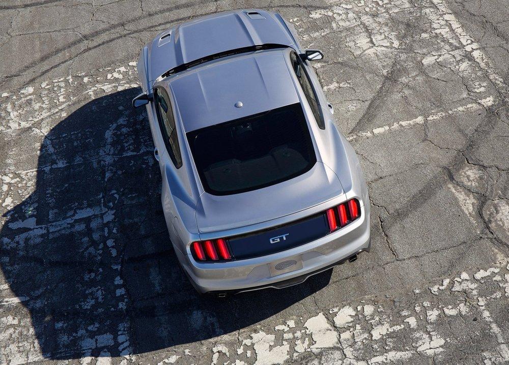 Ford-Mustang_GT_2015_1600x1200_wallpaper_1b.jpg