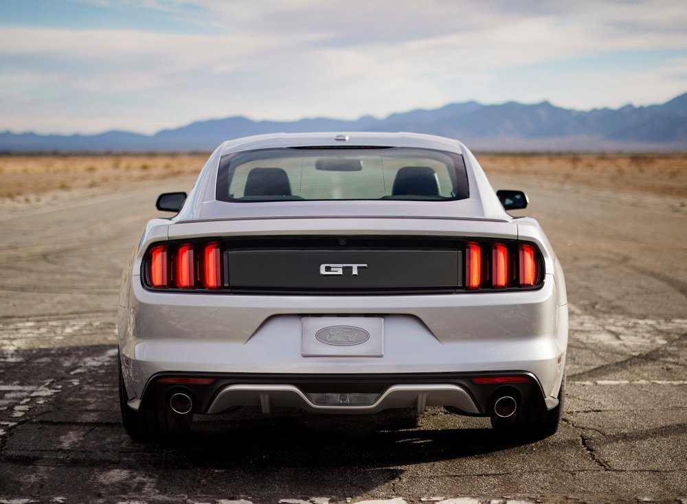 Ford-Mustang_GT_2015_1600x1200_wallpaper_19.jpg