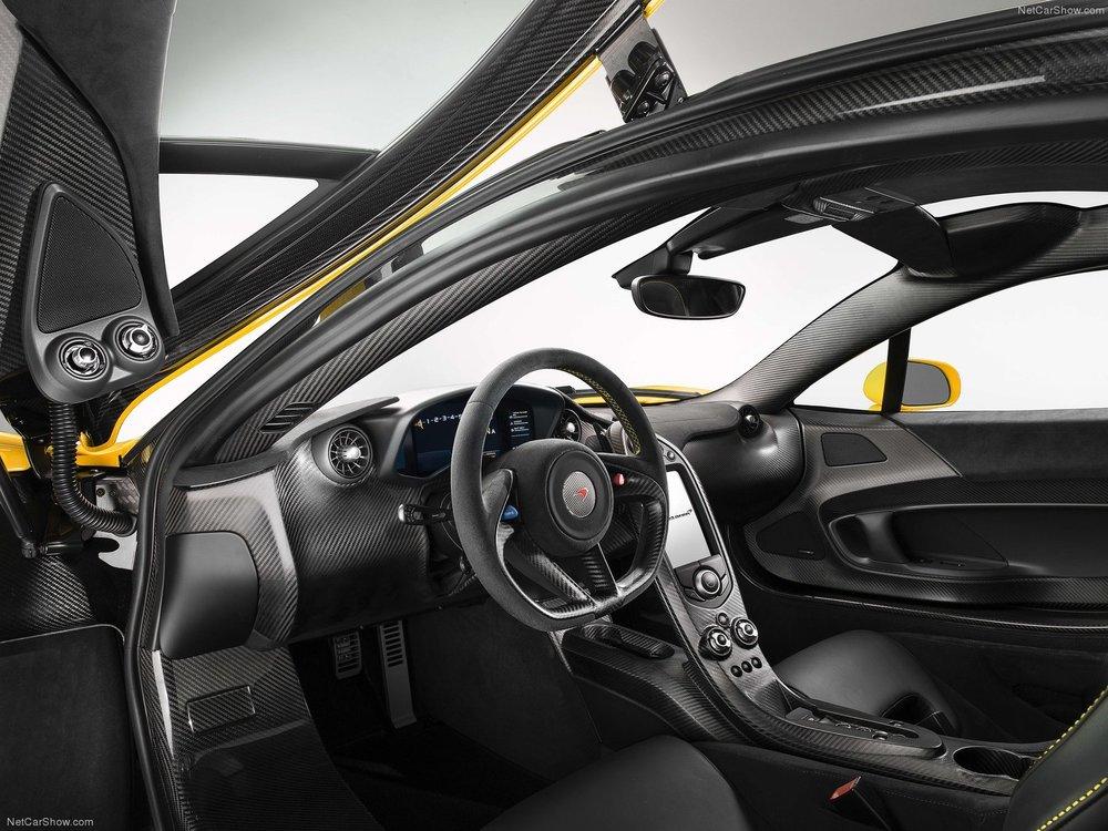 McLaren-P1_2014_1600x1200_wallpaper_23.jpg
