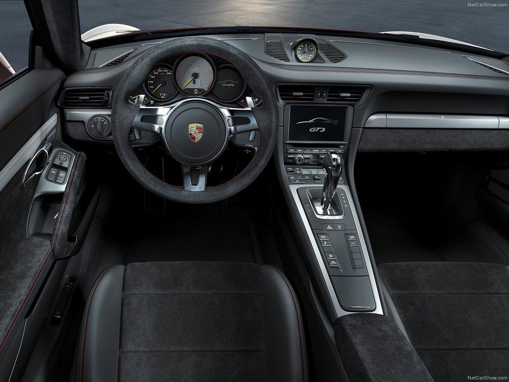 Porsche-911_GT3_2014_1600x1200_wallpaper_14.jpg