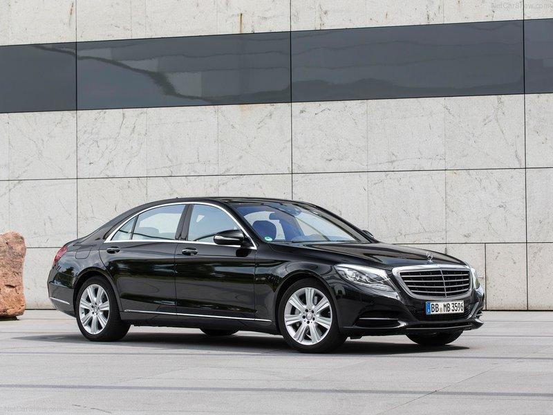 Mercedes-Benz-S500_Plug-In_Hybrid_2015_800x600_wallpaper_01.jpg
