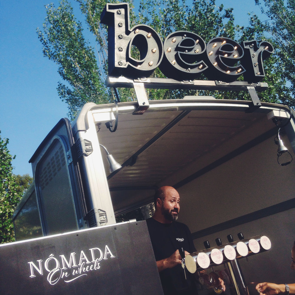 beer-nomada-letrasbombillas-rotulos03.jpg