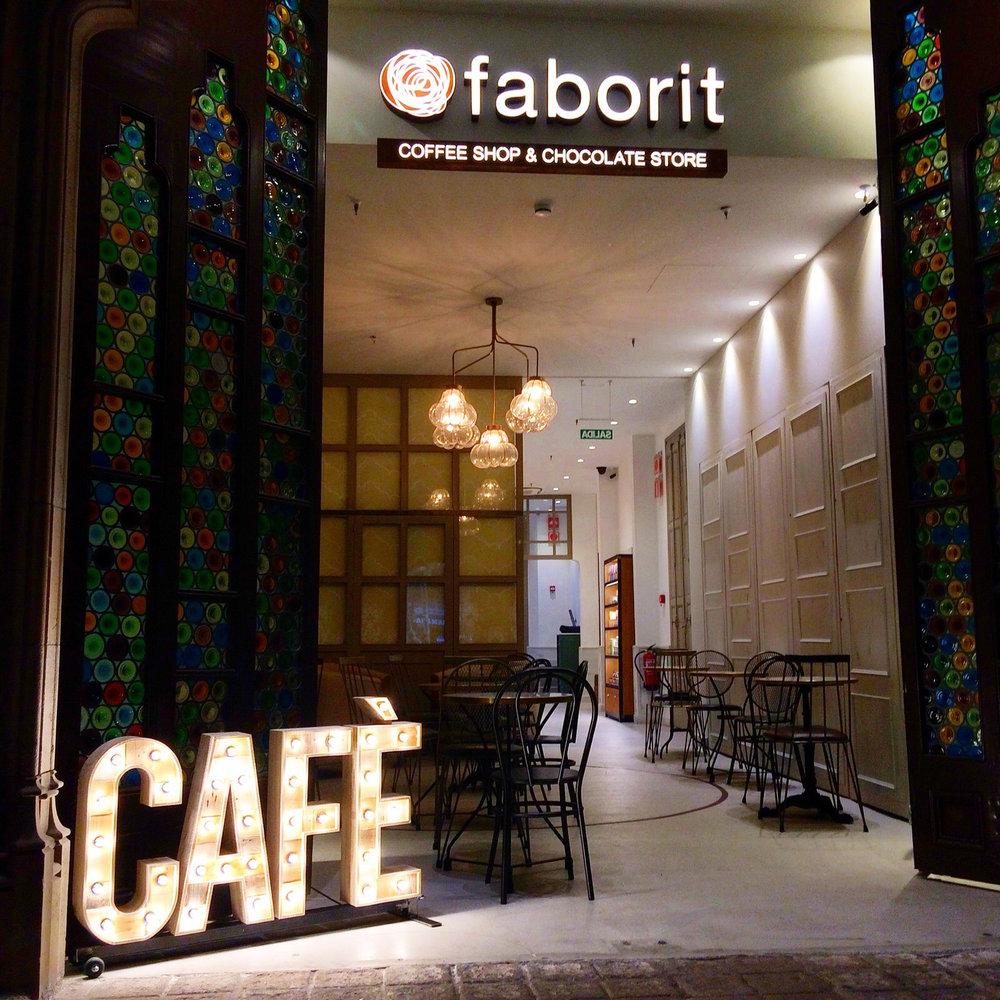 CAFE-rotulos-bombillas.jpg
