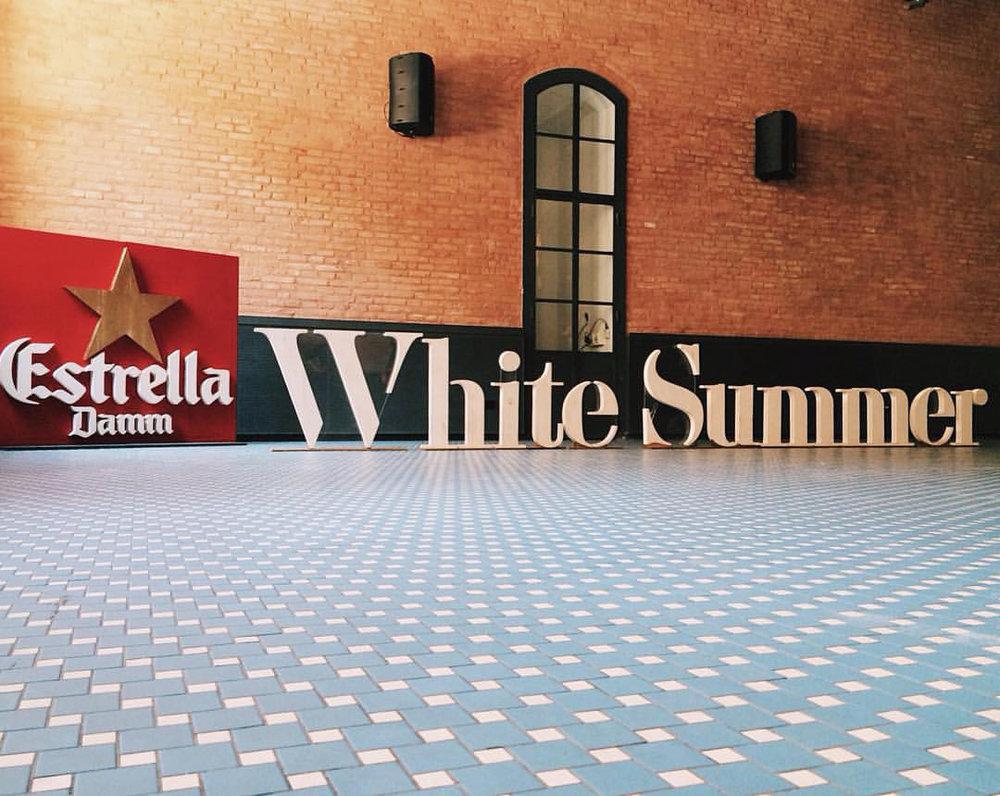 whitesummer-estrelladamm-letras.jpg