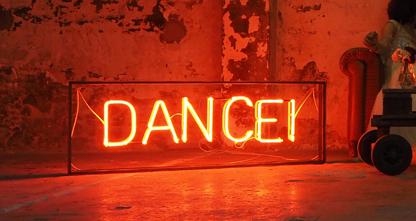 neon-alquiler-bodas.jpg