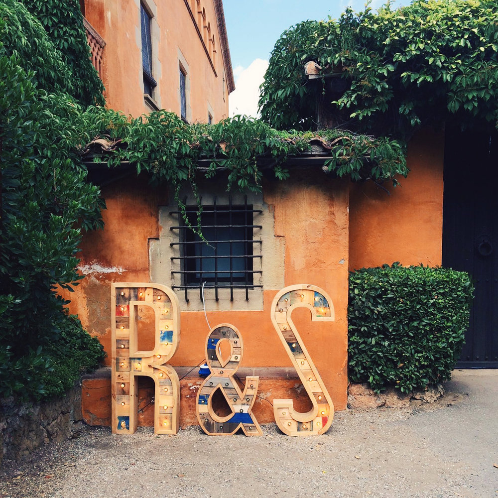 bodas-r&s-letrasluminosas.jpg