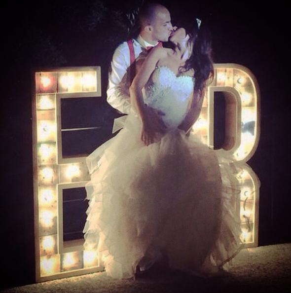 boda-letras-luminosas-27lletres-alquiler-estoreta.png