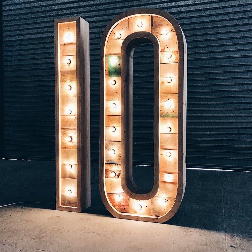 10-alquiler-letras-luminosas-27lletres.JPG