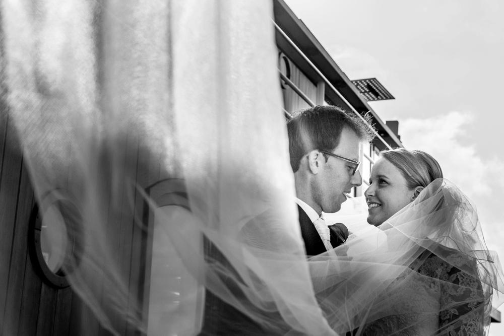 journalistieke-trouwfotografie-kampen-leusden-ijsselmuiden_0149.jpg