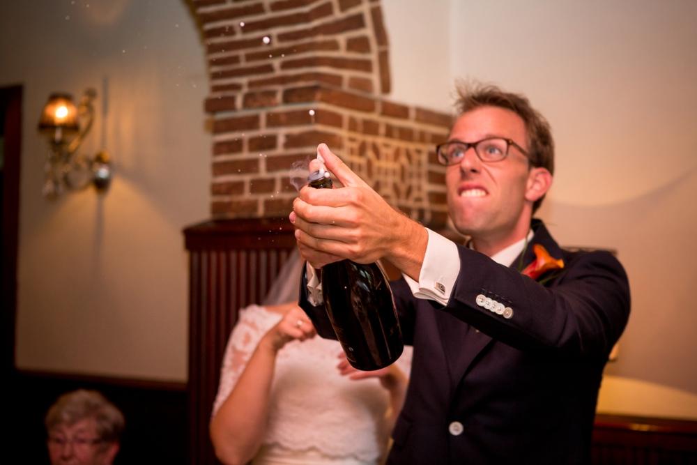 journalistieke-trouwfotografie-kampen-leusden-ijsselmuiden_0162.jpg