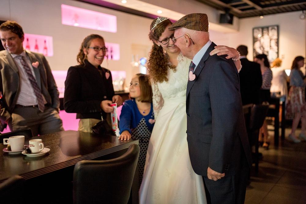 bruidsfotograaf-ede-utrecht-trouwfotograaf-trouwen-bruiloft_0253.jpg