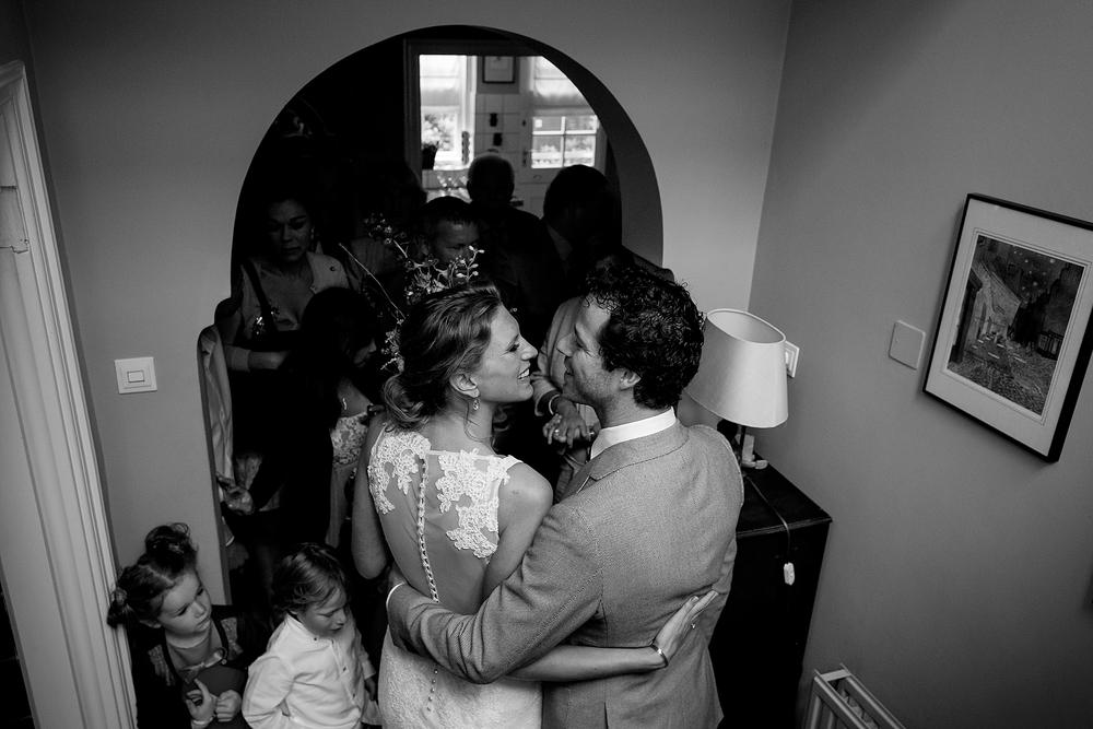 bruidsfotograaf-brabant-trouwen-in-het-bos-festivalbruiloft-vught-haaren_0077.jpg