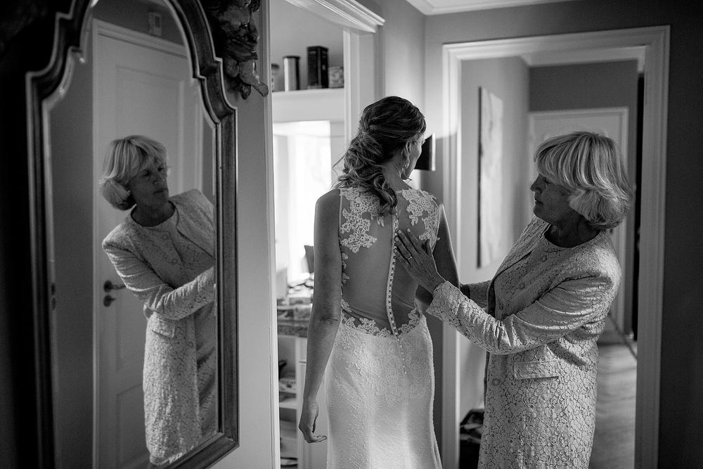 bruidsfotograaf-brabant-trouwen-in-het-bos-festivalbruiloft-vught-haaren_0079.jpg