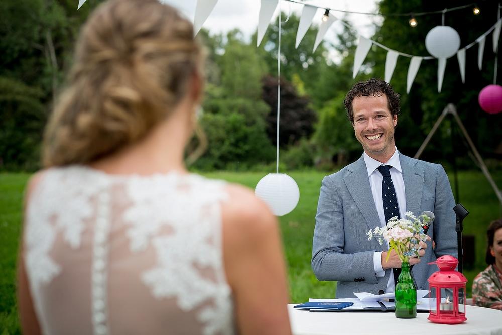 bruidsfotograaf-brabant-trouwen-in-het-bos-festivalbruiloft-vught-haaren_0094.jpg