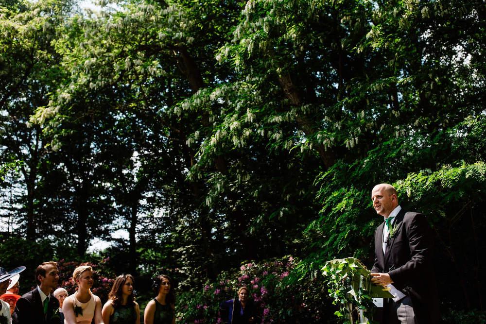 buitenbruiloft-landgoed-pijnenburg-soest-utrecht-bruidsfotograaf-15.jpg