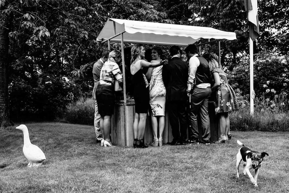buitenbruiloft-landgoed-pijnenburg-soest-utrecht-bruidsfotograaf-28.jpg