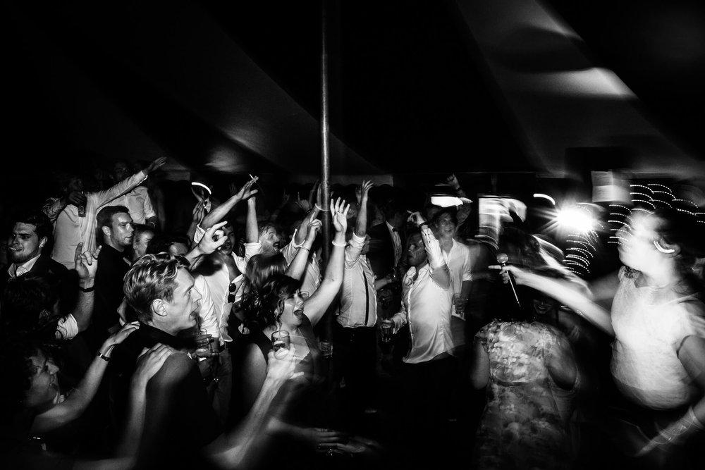 festivalbruiloft-bruidsfotograaf-utrecht-46.jpg