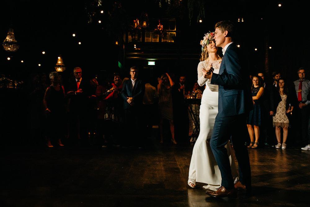Bruidsfotograaf-amsterdam-westerliefde-krijtberg30.jpg