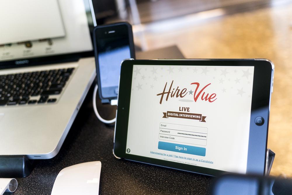 hirevue social1.jpg
