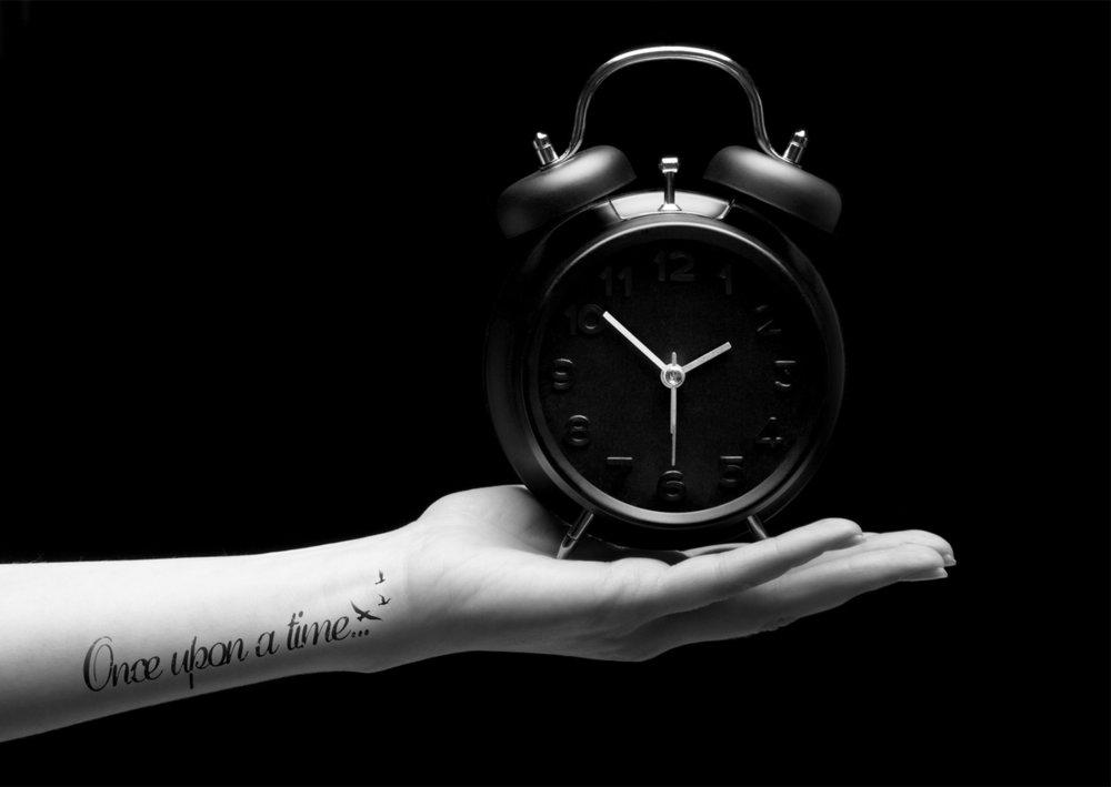 Clock+b&w+final.jpg
