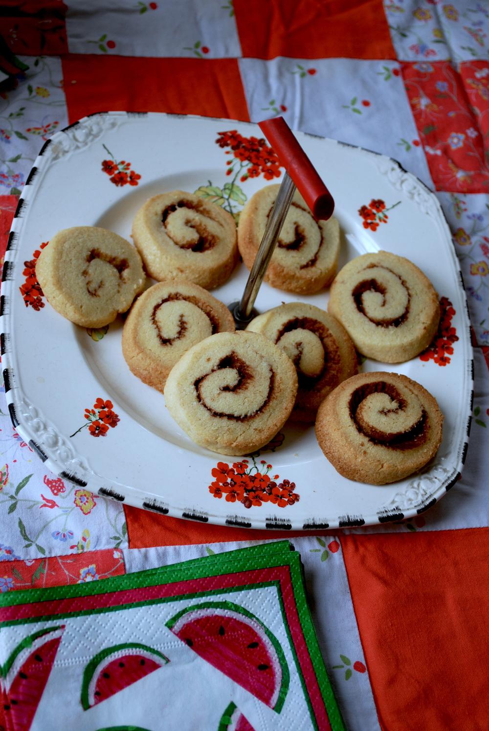 cinnamon biscuits.JPG