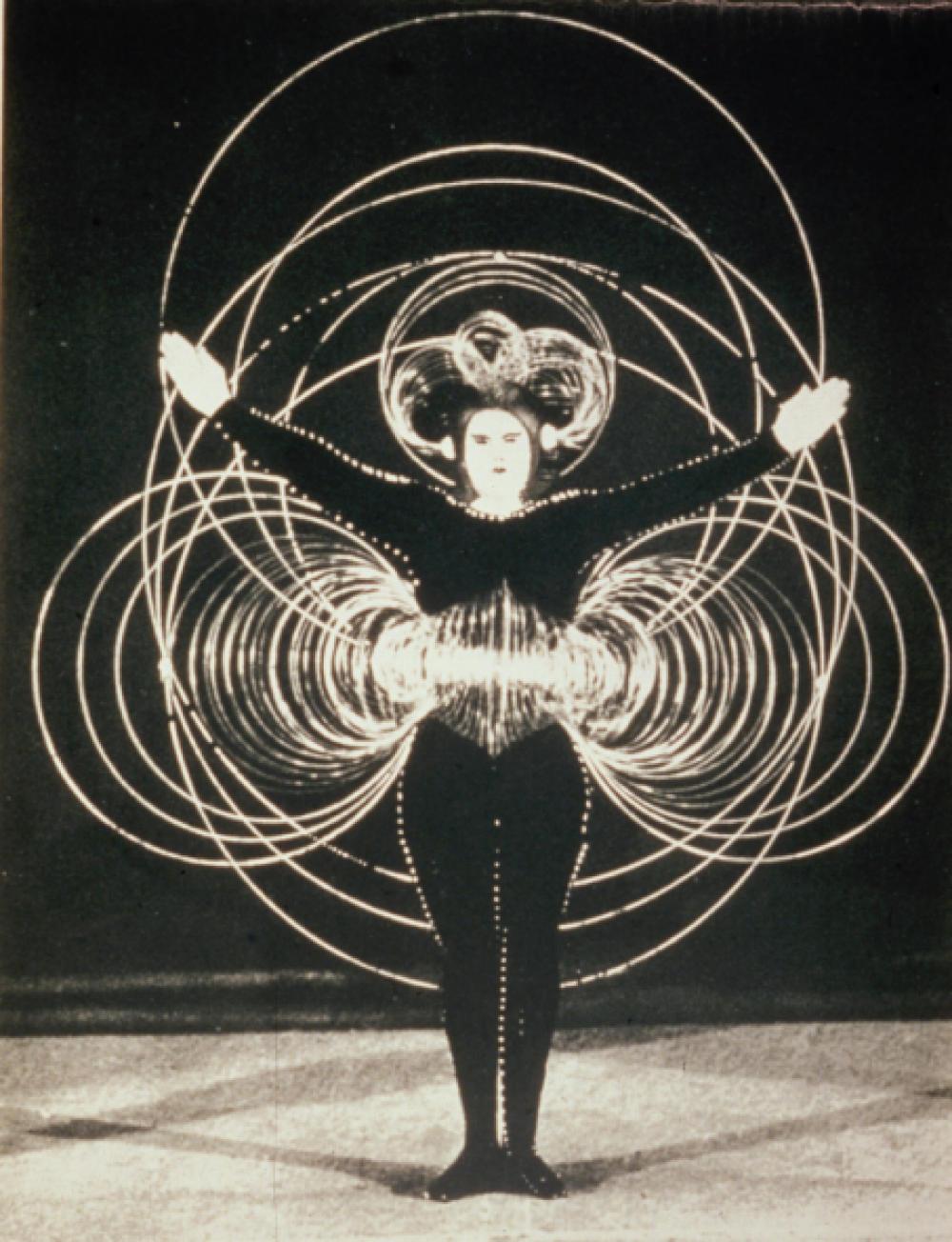 Oscar Schlemmer, Triadic Ballet