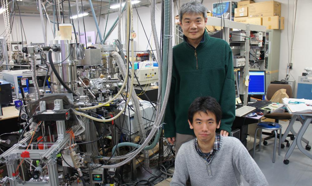 Professor Naoki Watanabe with graduate student, Kazuaki Kuwahata.