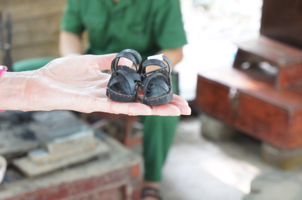 The Viet Cong did a lot of recycling. These tiny shoes (and the bigger ones for adults) were made from car tyres. They also dissembled American bombs to make their own weapons.