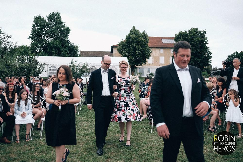 photographe-mariage-domaine-des-plagnes-isere-lyon-robin-et-les-super-heros_040.jpg