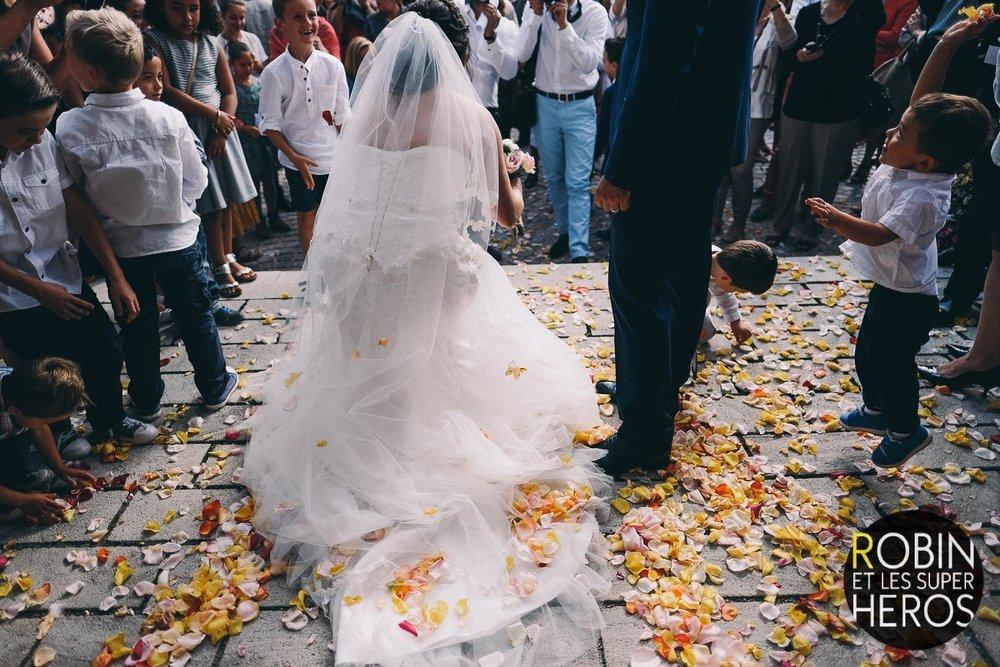 sophie_sylvain_photographe_mariage_rhone_alpes_robinetlessuperheros__019.jpg