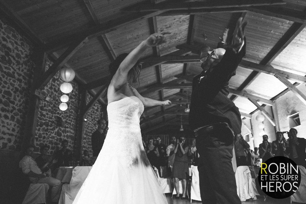sophie_sylvain_photographe_mariage_rhone_alpes_robinetlessuperheros__025.jpg