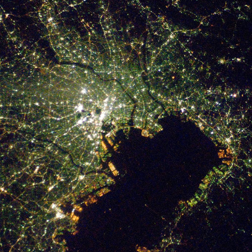ISS016-E-027586_lrg.jpg