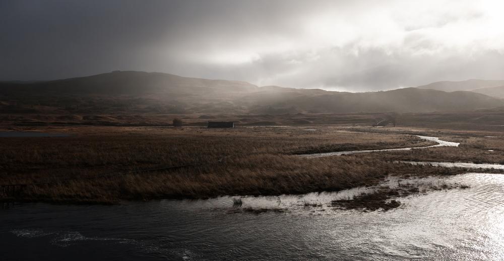 SHart-LochGowan.jpg