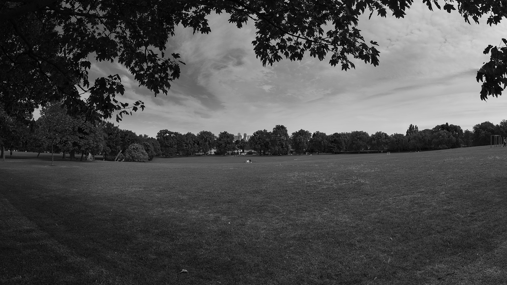 "London Panorama -Hilly Fields 51°27'37.0""N 0°01'34.0""W FOV120°"