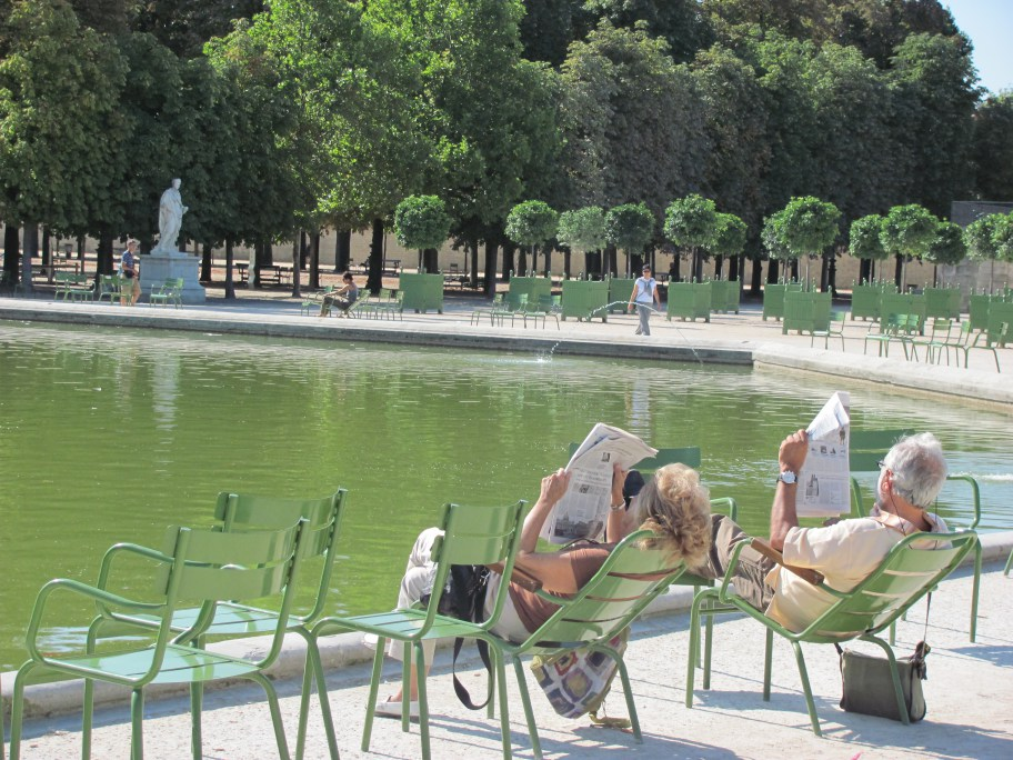 Read a good old fashioned newspaper in the Tuileries gardens...