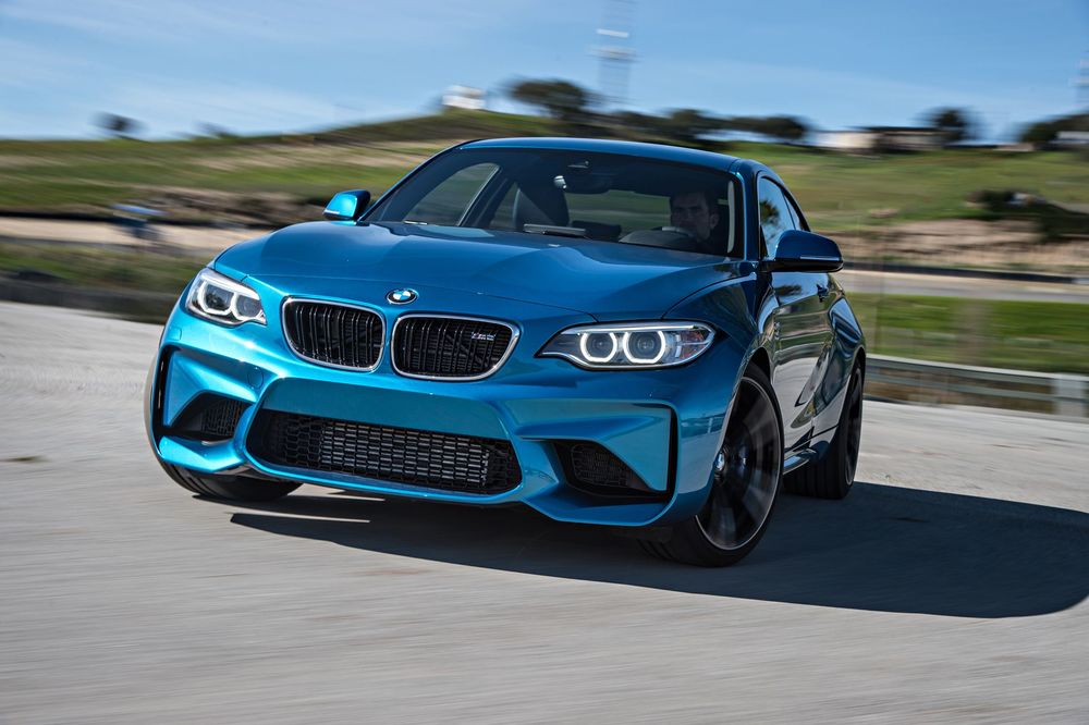 2016-bmw-m2-front-three-quarter-in-motion.jpg