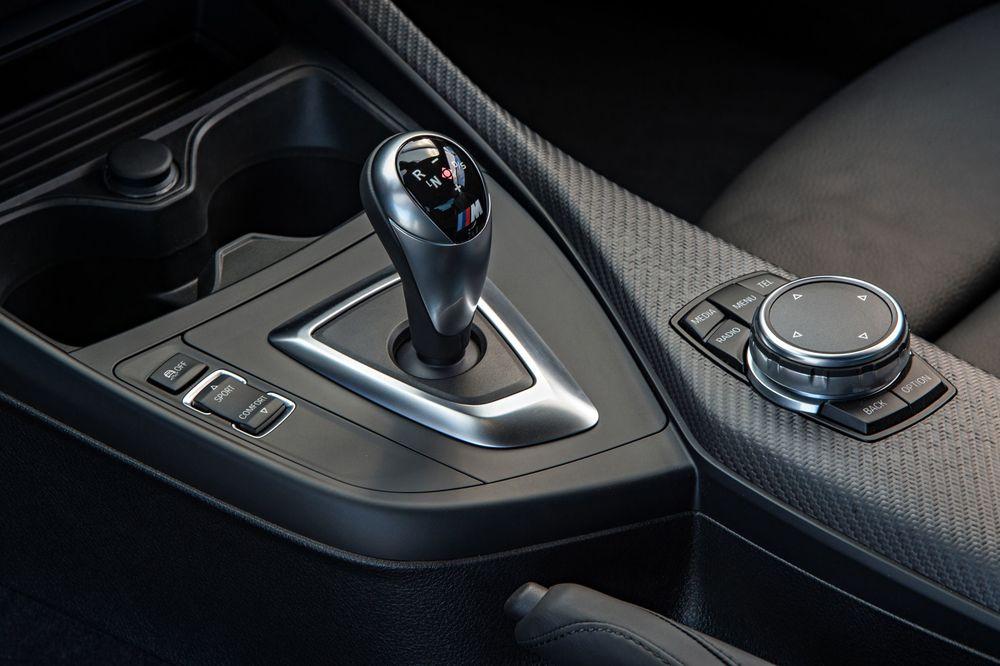 2016-bmw-m2-gear-knob.jpg