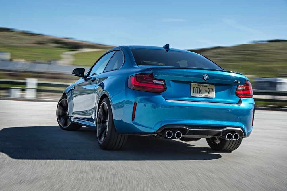 2016-bmw-m2-rear-three-quarter-in-motion.jpg