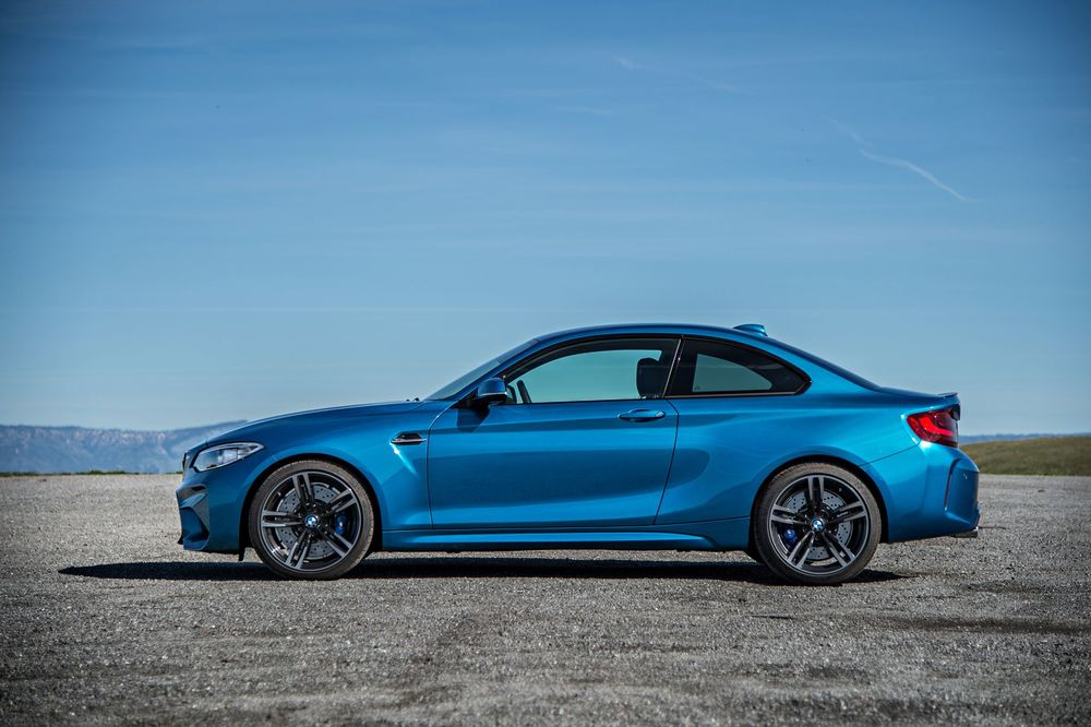 2016-bmw-m2-side-profile.jpg
