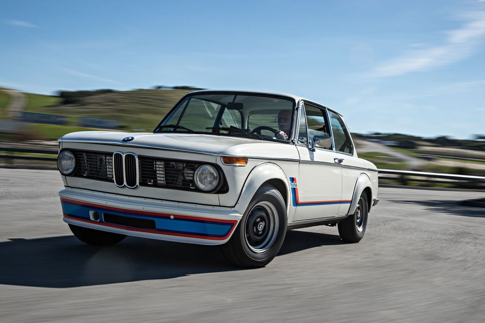 bmw-2002-turbo-front-three-quarter-in-motion.jpg