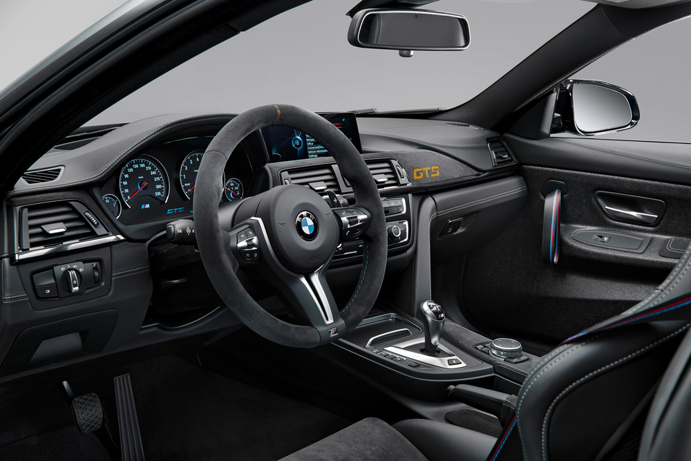 12_Studio_BMW_M4_GTS_Innenraum_03.jpg