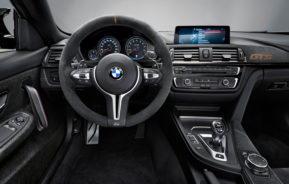 13_Studio_BMW_M4_GTS_Innenraum_04.jpg