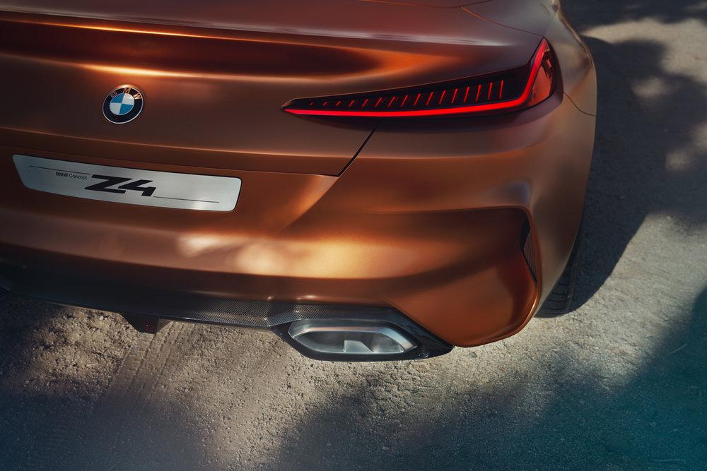 BMW_DCC070_08.jpg