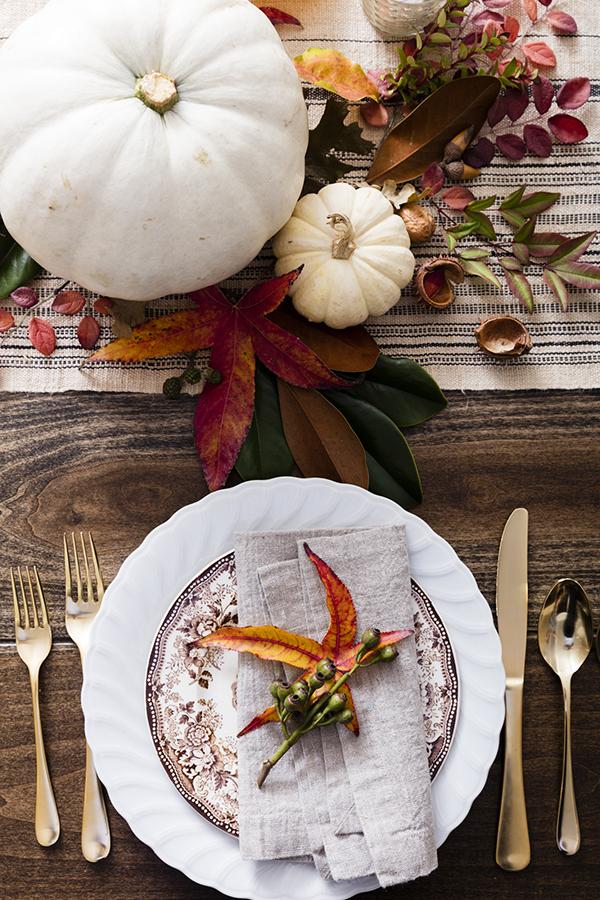 2017_1107_WALK_CELE_ThanksgivingTable_5247.jpg