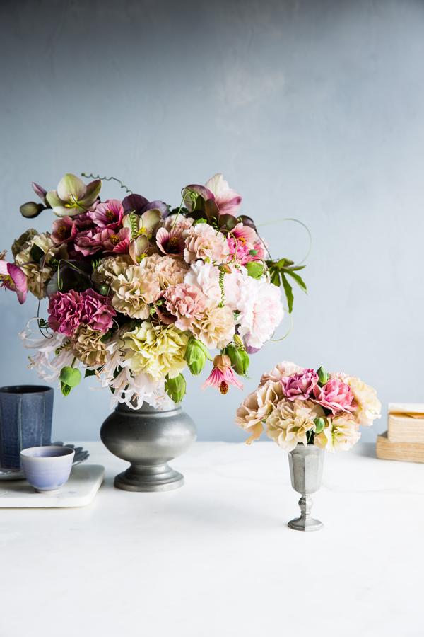 Lush_Carnations_5292.jpg