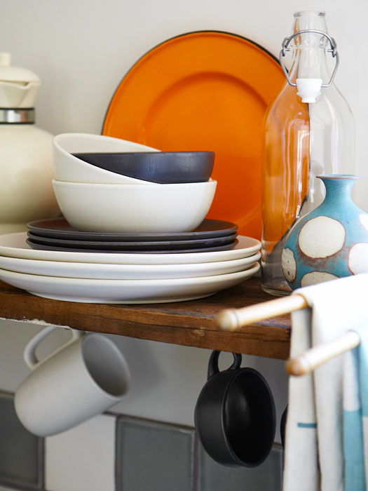 kitchen shelf.jpg