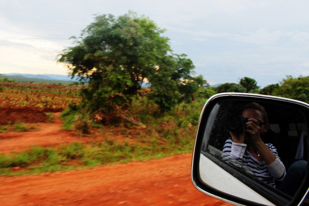 side mirror selfie