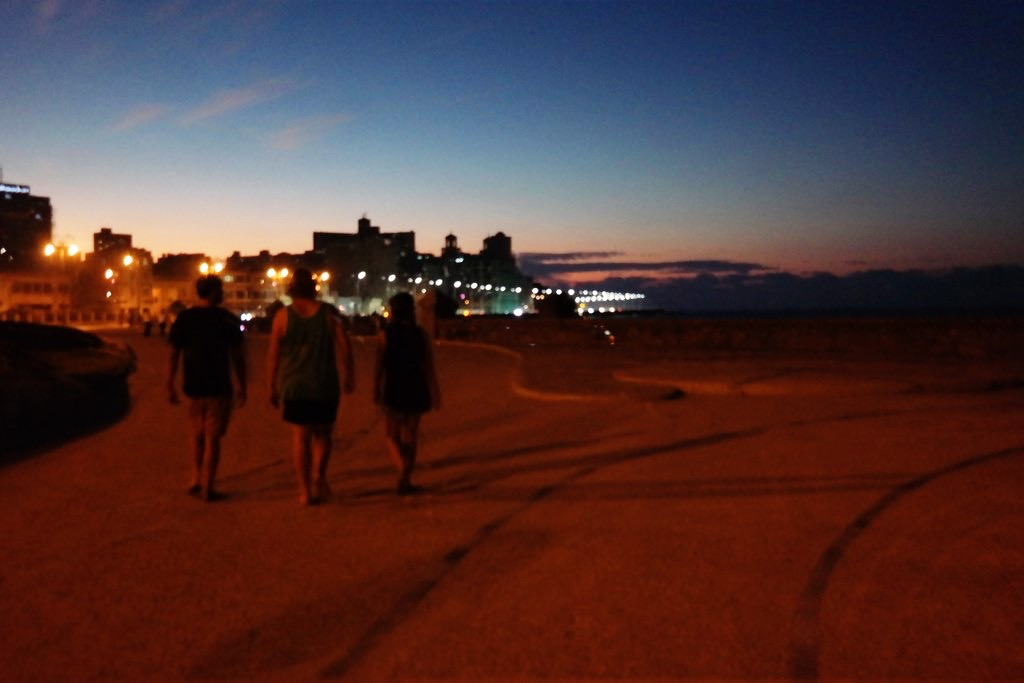 Rufus (top), Ben, Louis & Hannah taking a stroll to Hotel Nacional de Cuba, along the Malecon