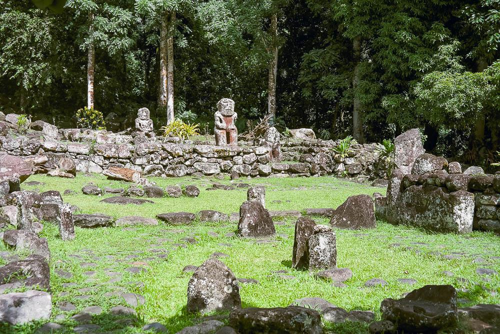 Tiki ruins