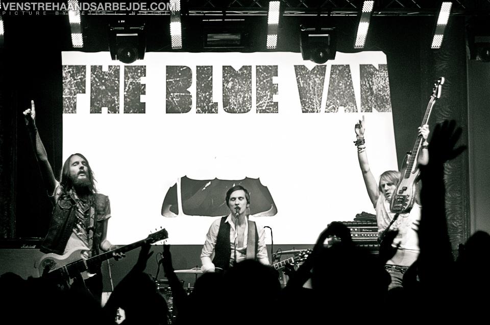 the-blue-van-6.jpg